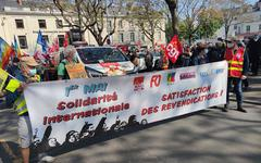 Défilé 1er Mai. Environ plus d'un millier de manifestants à Angers [VIDEO]